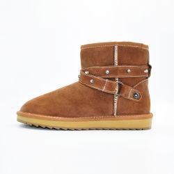 Botas de neve no inverno as mulheres as sapatas de peles com acessório de Correia
