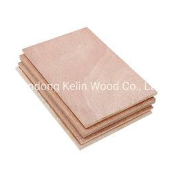 Una vez pulse el embalaje de madera contrachapada de Okume comercial