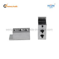 Le trou carré de blocs de bornes de connecteur de câblage en cuivre