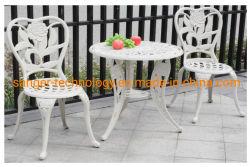 Домашняя мебель, кусок 3 сад литые обеденный стол и стулья, белого цвета, литым алюминиевым стульями и столами.