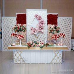 خلفية زفاف فخمة على الجدار الزهرة الذهبية من مونيه لحفل الزفاف