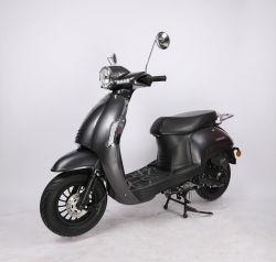 Heißer Hersteller des Verkaufs-Modell-Pedal-Roller-Benzin-Moped-50cc angegeben