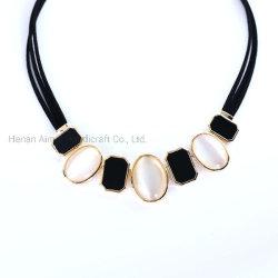 方法水晶ネックレスのレトロのチャーミングなチョークバルブのセーターの鎖