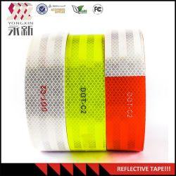 赤くおよび白い反射交通安全の粘着テープ