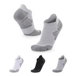 La lunghezza della caviglia colorata cotone su ordinazione del Terry di sport degli uomini di marchio colpisce con forza il nero per gli uomini
