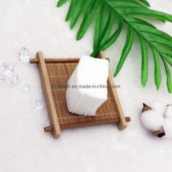 100%の有機性純粋な綿の正方形の綿のワイプのパッドは、装飾的な綿パッドの清潔になるワイプの柔らかい綿の美顔術の目のリップ構成を取除く
