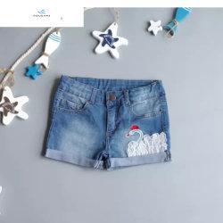 Nuevo diseño de suave algodón denim shorts caliente con bordados de las niñas por volar Jeans