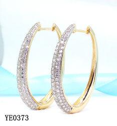 女性の宝石類 925 の純銀製または真鍮の方法立方ジルコニア大きい Hoop イヤリング卸し売り
