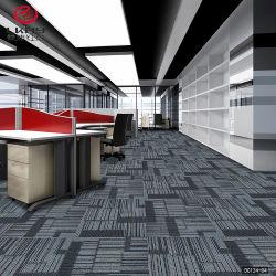 Amostra grátis Barato preço China Factory tapetes comerciais ladrilhos 50x50cm PP piso de nylon de betume de PVC carpete para Sala de escritório Modular Azulejos alcatifa