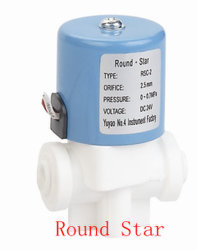 Cuerpo blanco de 2 vías de plástico Máquina rápida Ftting RO Electroválvula