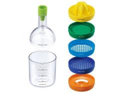 Le bac 8 bouteille d'outils comme outil de cuisine