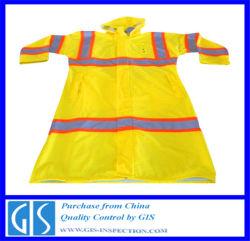 Inspection de contrôle de qualité pour les manteaux de pluie en Chine