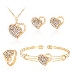 presente de promoção por grosso 2021 Design Superior Mulheres Jóias de casamento de Acessórios de Moda Brincos Mulheres Coração de ouro jóias definido