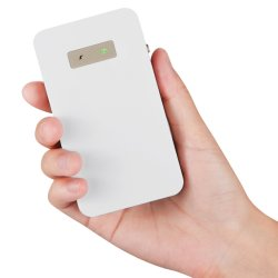 Première mondiale Mini brouilleur de blocage de signal de téléphone cellulaire GSM CDMA DCS. Pc. 3G 4G