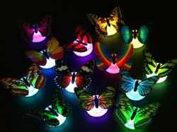 Cadeau de Noël de lumière LED 3D sur le mur de papillon