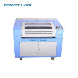 Système de coupe au laser rotatif en faveur des boîtes