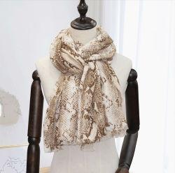 Snake Printing LV Design Lady Fashion Poly Seide Schals Frauen Schöne Accessoires Strand Schal Kopf Schal für grils mit weich Handgefühl
