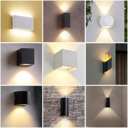Moderne zwarte muur Sconce Nordic minimalistisch gemonteerd voor buiten waterdicht elektronisch Energiebesparende Art Deco Aluminium LED-wandlamp
