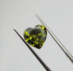 Оливковый цвет в форме сердечка украшения ослабление обедненной смеси Peridot CZ цена