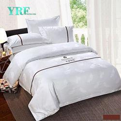 Yrf 도매 호텔 수집 침구 줄무늬 공단은 대형 백색 깃털 이불 덮개를 누비질했다
