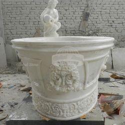 支えがなく白い大理石の石造りの屋内浴槽(GSTU-106)
