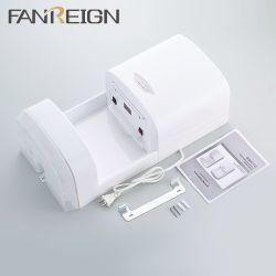 電気の白い手のドライヤーの浴室