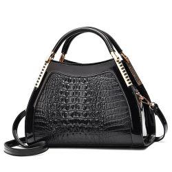 Btl10518China는 적중 판매 Snakeskin 여자 지갑 형식 숙녀 Python 사슬 PU 손 부대를 도매한다