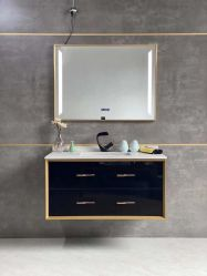 LEDミラーが付いている黒い金純木の浴室の虚栄心の家具