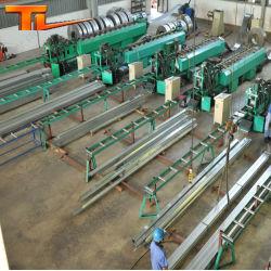 鋼構造工場高品質組立鋼構造倉庫 プレハブスチール倉庫資材スチールパーリン