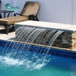 Caída de agua en el exterior de acero inoxidable con luz LED