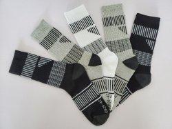 O homem Sports meias de algodão reciclado de poliéster de algodão orgânico Terry Peúgas 5 Pack