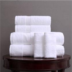 Commerce de gros 100% coton doux Hotel White Terry face à la main les serviettes de bain
