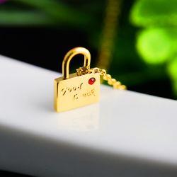 Monili caldi di modo, fornitori dei monili dell'acciaio inossidabile per provare elaborare le vendite dirette di produzione, collana di diamante rossa capa della serratura