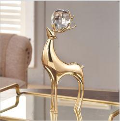 El Ciervo de Oro con tres bolas de cristal para la decoración del hogar