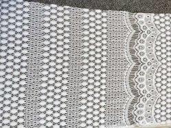Tessuto chimico del merletto del ricamo geometrico del reticolo per l'indumento