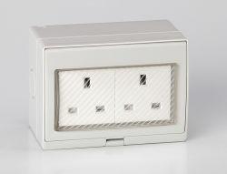 Nouveau design de vente chaude 250V/13A électrique étanche 2 contacts prise UK