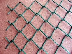 50*50mm de maillage à hauteur de 6 pieds recouvert de plastique Diamond Mesh pour Playyard de maillon de chaîne