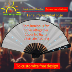 Venta caliente Luz parpadeante de LED ventilador de mano por todas partes