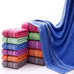 新式の綿100%のヤーンによって染められるジャカードタオル手タオルのスポーツかホテルまたはホームまたは浴室または表面または手またはビーチタオル