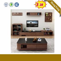 モダンな木製のリビングルーム、ホーム家具、シンプルでモダンなテレビスタンドが備わっている コーヒーテーブル