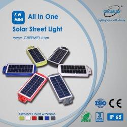 PIRセンサーLEDのリチウム電池が付いている太陽街灯