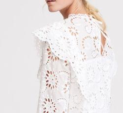 方法刺繍の綿織物の女性のブラウス