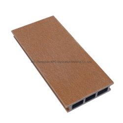 共押出プラスチック製 WPC デッキ床張り屋外複合デッキパネル