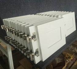 De Amerikaanse Fabriek van de Keukenkasten van de Schudbeker van de Stijl Moderne Witte Stevige Houten