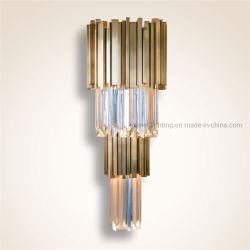 ホームホテルの装飾(km7010)のための現代簡易性の金の金属のクリスタルグラスの壁ランプ