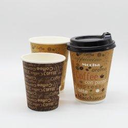 De witte Koppen van het Karton met de Hoogste Kwaliteit van het Embleem Gemerkt de Koppen van de Koffie van de Koppen van het Document