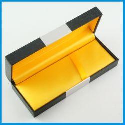 공단 안대기를 가진 서류상 펜 또는 볼펜 또는 필통/선물 포장 상자