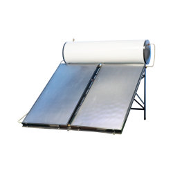 Зеленый солнечной энергии для нагрева горячей воды