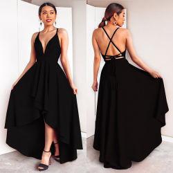 Une robe demoiselle d'honneur de ligne de V-Neck plissé robe demoiselle d'honneur