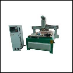 Lama automatica della macchina di falegnameria di CNC che cambia il router di CNC